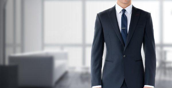 La cravate, l'entretien et l'ère du temps…             Echange avec Laurent Bauer